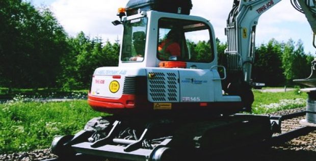 Takeuchi Manufacturing unveils a new compact excavator TB250-2